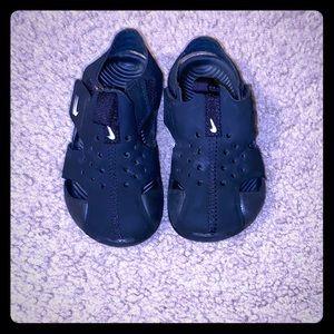 Toddler boy Nike sandals